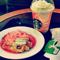 Photo taken at Starbucks Coffee by dhaleng n. on 9/11/2013