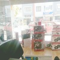 Photo taken at DESIBEL ELEKTRONIK by Bilal E. on 11/7/2014