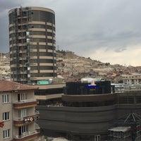 Photo taken at Sema Kuaför & Güzellik Merkezi by Büşra 5. on 8/3/2017