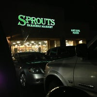 Photo taken at Sprouts Farmers Market by Jen Ocide on 2/11/2013