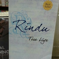Photo taken at Gramedia by Chusnul C. on 2/13/2015