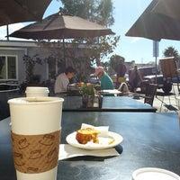 รูปภาพถ่ายที่ Swell Coffee Co. โดย Amanda I. เมื่อ 11/23/2013