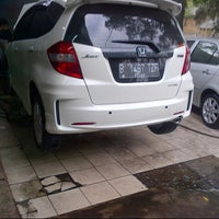Photo taken at CM 99 Car Wash by Hendri A. on 10/17/2012