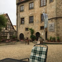 Photo taken at Weingut Schloss Sommerhausen by Anette M. on 6/9/2017