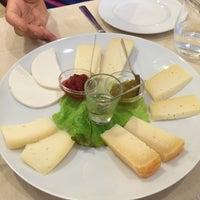 Foto scattata a Ristorante Dei Priori da Giulia B. il 8/6/2014