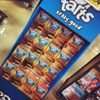 Photo taken at Giant Eagle Supermarket by Darcie B. on 5/21/2013