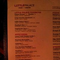 Foto tirada no(a) Little Palace por Scott B. em 11/3/2012
