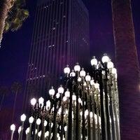 4/7/2013 tarihinde TC T.ziyaretçi tarafından Urban Light at LACMA'de çekilen fotoğraf