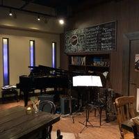 11/18/2017にKoji s.がPiano Bar Club Adrianaで撮った写真