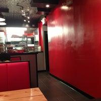 Photo taken at S.O.S. Pizzeria by Josecita on 6/22/2013
