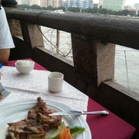 Photo taken at 玫瑰园 Rose Garden Restaurant by howee s. on 6/26/2014