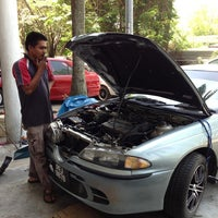 Photo taken at Mael Advan Auto (Dyno Dynamics) by Qaisara R. on 2/15/2013