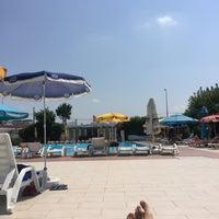 8/7/2017 tarihinde Cihan K.ziyaretçi tarafından Pelikan Otel Yüzme Havuzu'de çekilen fotoğraf