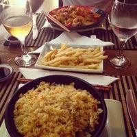 Foto tomada en Ming Cocina Asiática por Alexandra Ș. el 8/14/2014