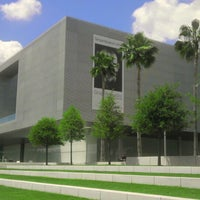 Photo taken at Tampa Museum of Art by Tom P. on 4/11/2014