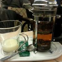 รูปภาพถ่ายที่ Cafeteria 1900 โดย Emma G. เมื่อ 12/29/2012