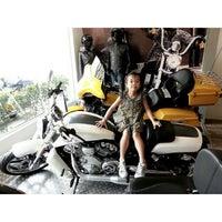 Photo taken at Mabua Harley-Davidson by Stheven L. on 10/27/2013