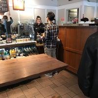 3/16/2018にWilliam W.がPeet's Coffee & Teaで撮った写真