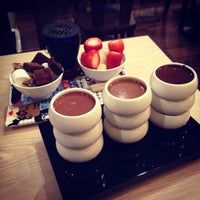 Photo taken at Max Brenner by Anastasia T. on 3/25/2014