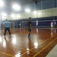 Photo taken at Dewan Badminton Sing Keong by Hafiz A. on 1/21/2015