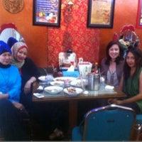Photo taken at Mandala Chinese Restaurant by Vivera T. on 4/15/2013
