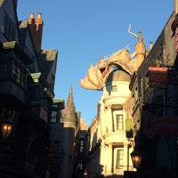 Photo taken at The Wizarding World Of Harry Potter - Diagon Alley by Harris S. on 11/27/2014