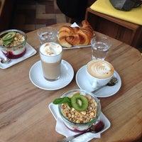 Photo prise au Cafe Frühling par Lars Jakob R. le5/2/2014