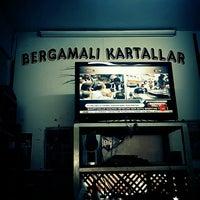 Photo taken at Bergama Beşiktaş'lılar derneği lokali by Firuz Ç. on 5/15/2016