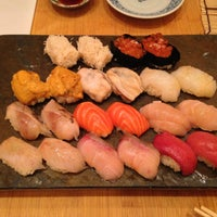4/16/2013 tarihinde Mackenzie K.ziyaretçi tarafından Sushi Yasuda'de çekilen fotoğraf