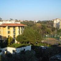 Foto diambil di Altunizade Erkek Öğrenci Yurdu oleh Selami D. pada 3/14/2014