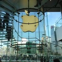 Photo taken at Apple ifc mall by Arne V. on 5/24/2013