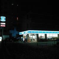 Photo taken at ローソン 足立佐野一丁目店 by huwaton on 8/5/2018