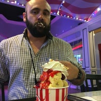 Photo taken at Farrell's Ice Cream Parlour by Kevin M. on 7/1/2016
