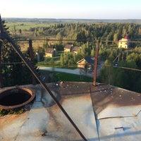 Photo taken at Большое заброшенное здание непонятного назначения by Eugene Z. on 9/20/2014