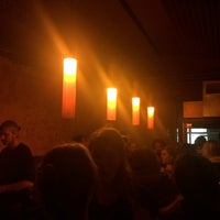 Das Foto wurde bei Favorit Bar von Utku Y. am 12/13/2015 aufgenommen