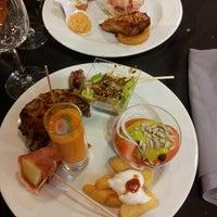 Foto tomada en Restaurante LAS PALOMAS Buffet&Tapas por Julio W. el 7/30/2014