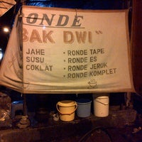 Photo taken at Ronde Mbak Dwi by Joans H. on 6/10/2013