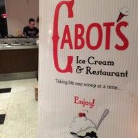 Photo taken at Cabot's Ice Cream & Restaurant by Rhea B. on 8/17/2014