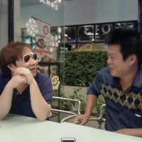 Photo taken at Kingpin by Phongsagorn J. on 12/31/2012