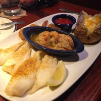 Photo taken at Red Lobster by Tina L. on 3/29/2014