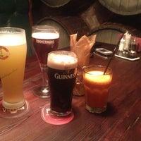 5/7/2014 tarihinde Madiziyaretçi tarafından Yard House Pub'de çekilen fotoğraf