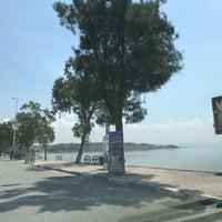 Photo taken at Çandarlı Tatil Köyü Sahil by Simge M. on 6/21/2018
