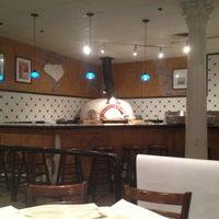 Das Foto wurde bei BRAVO! Cucina Italiana von Rick W. am 12/7/2012 aufgenommen