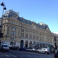 Photo taken at Arrêt Gare Saint-Lazare [20,21,22,24,26,27,28,29,32,53,66,80,94] by Dominique B. on 6/15/2014