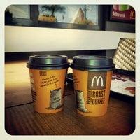 Photo taken at McDonald's by Kurtuluş B. on 10/28/2012