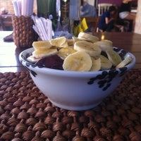 Photo taken at Açaí Frooty by Giuliano G. on 9/30/2012