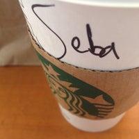 Foto tirada no(a) Starbucks por Sebastian A. em 10/9/2015