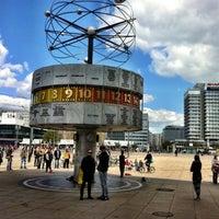 Das Foto wurde bei Alexanderplatz von Alena A. am 4/28/2013 aufgenommen