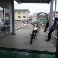 Photo taken at 静岡運輸支局 by 篤 斉. on 8/12/2016
