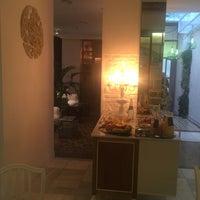 Foto tomada en Hotel Madinat por Harith A. el 11/29/2016